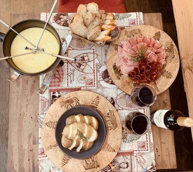 Taste our Fondue Savoyarde